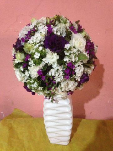 seramik vazoda kır çiçekleri 1075